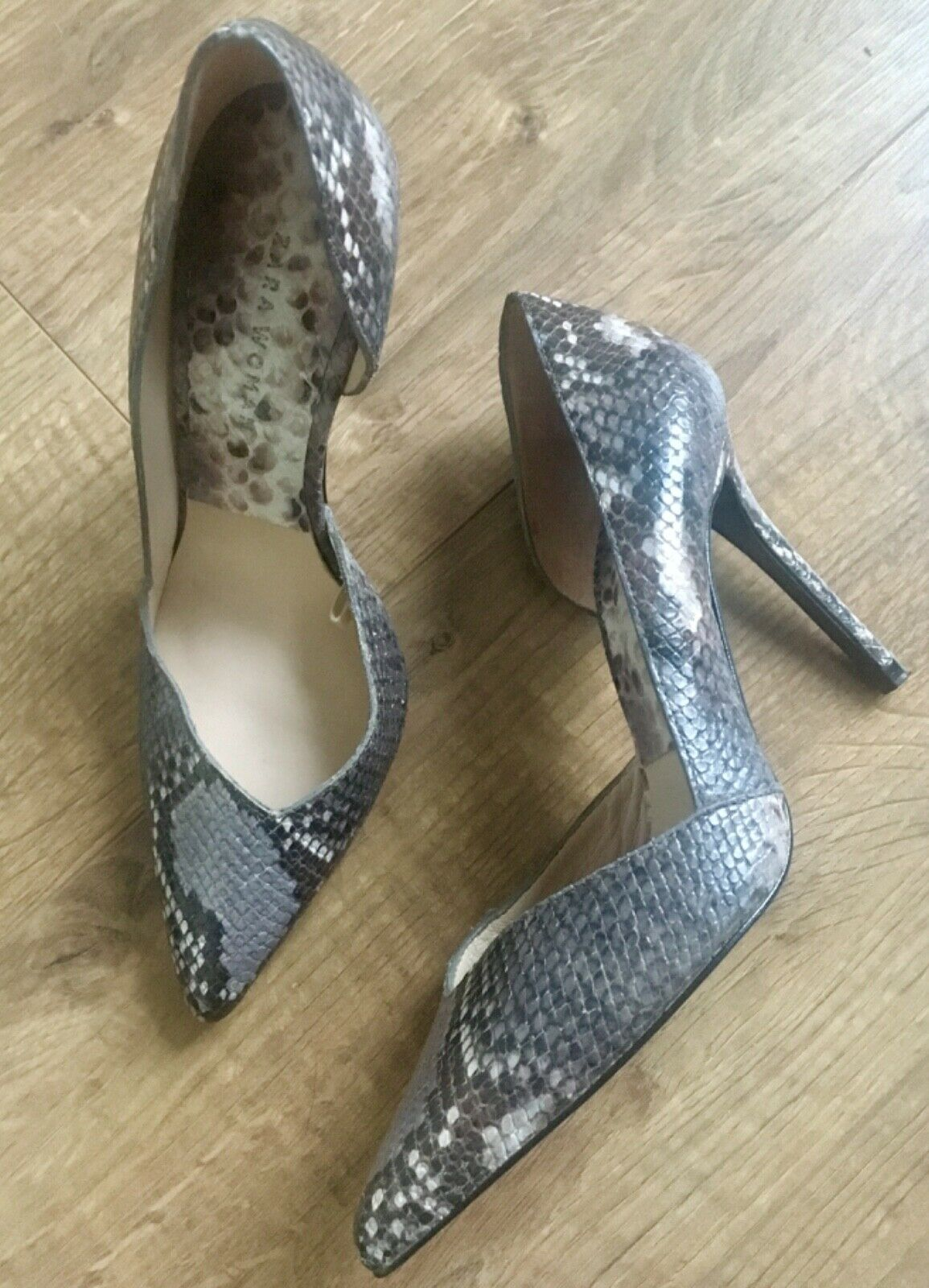 Zara leather high heel court shoes size 3