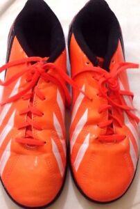 Dettagli su ADIDAS scarpe da calcetto colore arancione e nero N 38,5 stringate USATE