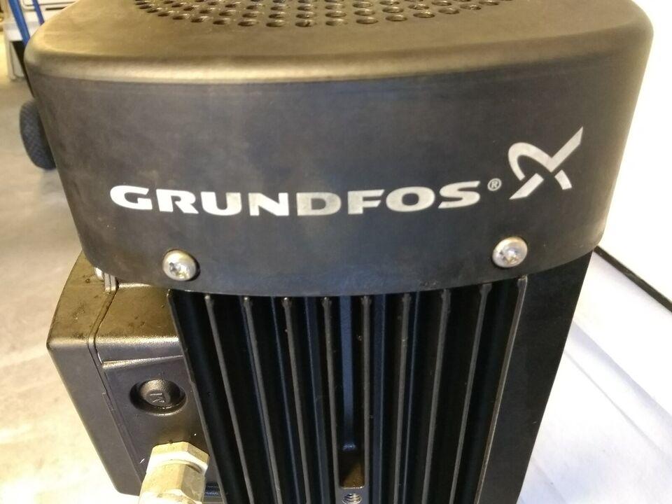 Vertikal centrifugalpumpe, Grundfos