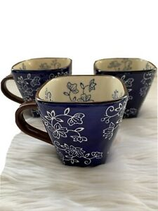 Lot of 3 Preowned Temp-Tations Floral Lace Mugs Coffee Cup by Tara Dk Blue 12 oz
