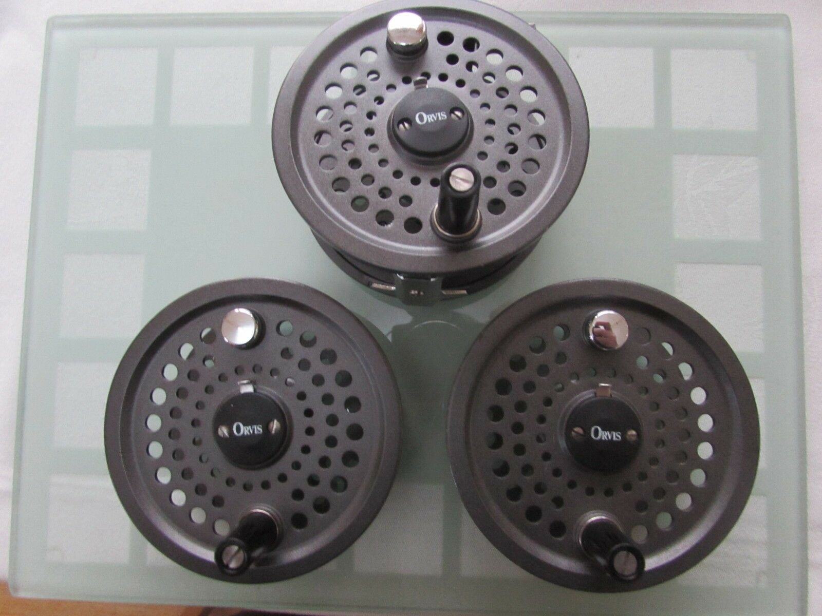 Stunning orvis battenkill disc england 8  9 trout fly fishing reel & 2 spools  the newest