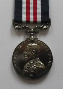 MEDALS-WWI-MILITARY-MEDAL-GV-BRAVERY-IN-THE-FIELD-FULL-SIZE-STUNNING