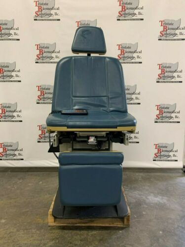 Used Midmark 411 Exam/Procedure Chair with hand control