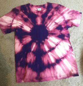 82a1b9ec16d9c Details about Pink and Purple Flower Reverse Tie Dye T-Shirt Youth Medium  Bleach Design