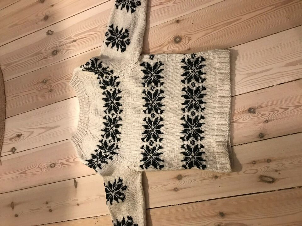Sweater, Uld sweater, Model