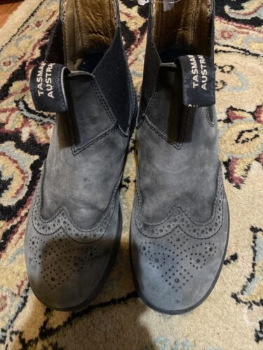 blundstone boots women 6