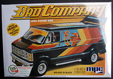 1982 Dodge Van BAD COMPANY schwarz 1:25 Model Kit Bausatz MPC 824