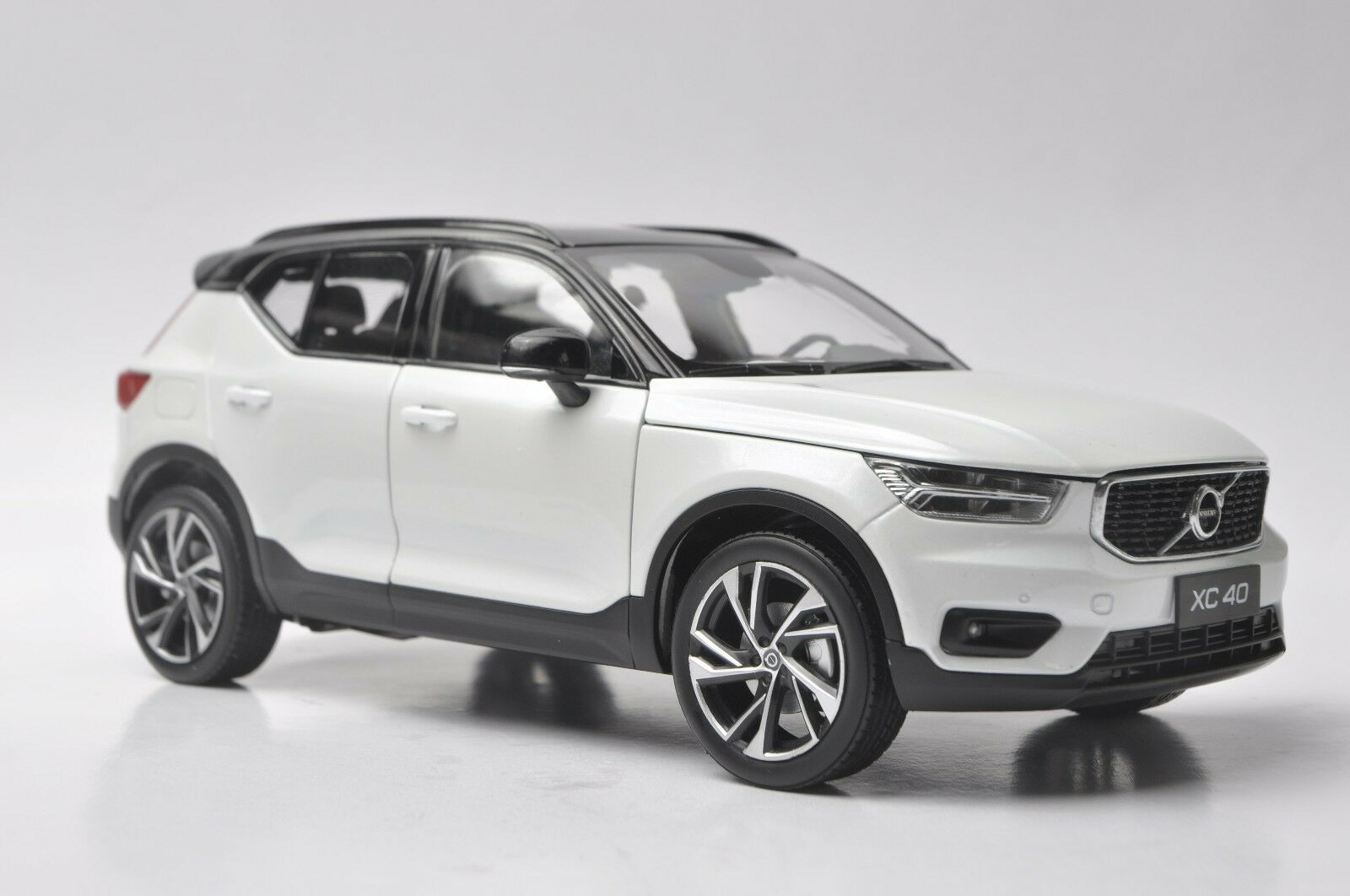 Volvo XC40 car model in scale 1 18 White