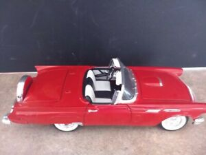 1957-Ford-THUNDERBIRD-RED-CONVERTIBLE-CAR-DIE-CAST-Road-Signature