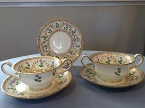 Wedgwood-bone-china-bouillon-hand-painted-FIVE-pieces-cups-and-saucers-X4728
