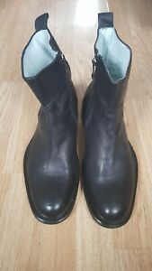 NEW-Kenneth-Cole-black-leather-ankle-boots-size-9-5