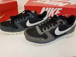 5344eb35ac9e1 Nike Men s Flex Brs Running Shoe Size 8 US Men 637458 001 ---