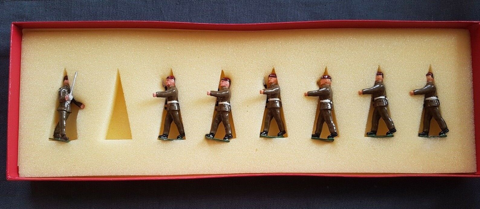 Sarum  Figures    The Parachute Regiment  7 Figures