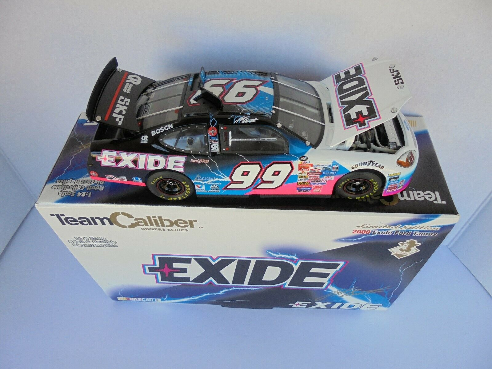 Jeff Burton Exide 2000 Ford Taurus Roush Racing TCOS 1 24th Nascar Diecast