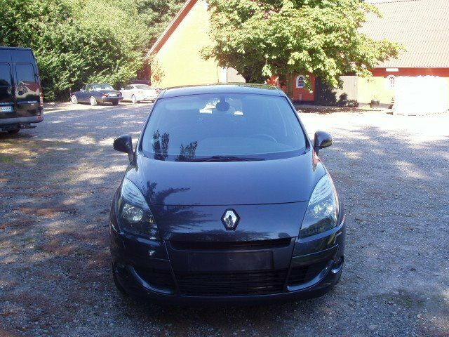 Renault Scenic III 1,5 dCi 110 Expression 5d
