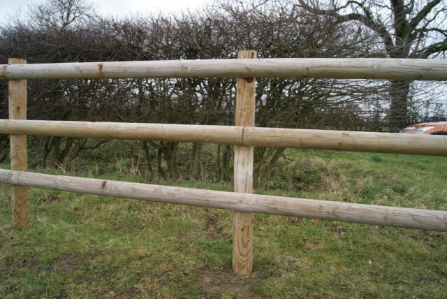 Fencing Rail 1.8m Half Round Fencing Beams Wooden Timber 100mm Dia Treated Wood