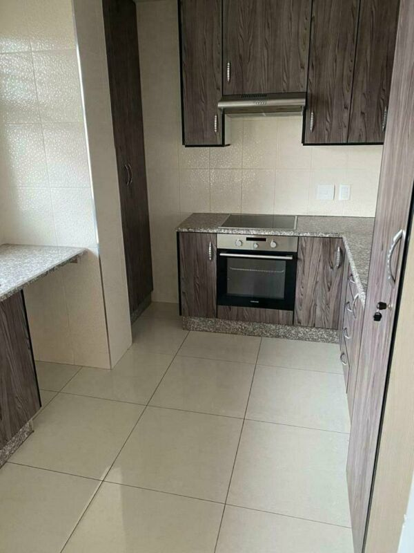 Apartment in Parktown For Sale