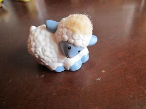 Fisher-Price-Little-People-Christmas-Touch-Feel-manger-nativity-sheep-fuzzy-wool