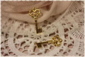 Other Fashion Jewelry Considerate 5 Pezzi Charm Forma Mini Chiave In Metallo Colore Oro Misura 1,0x2,1cm Diversified In Packaging