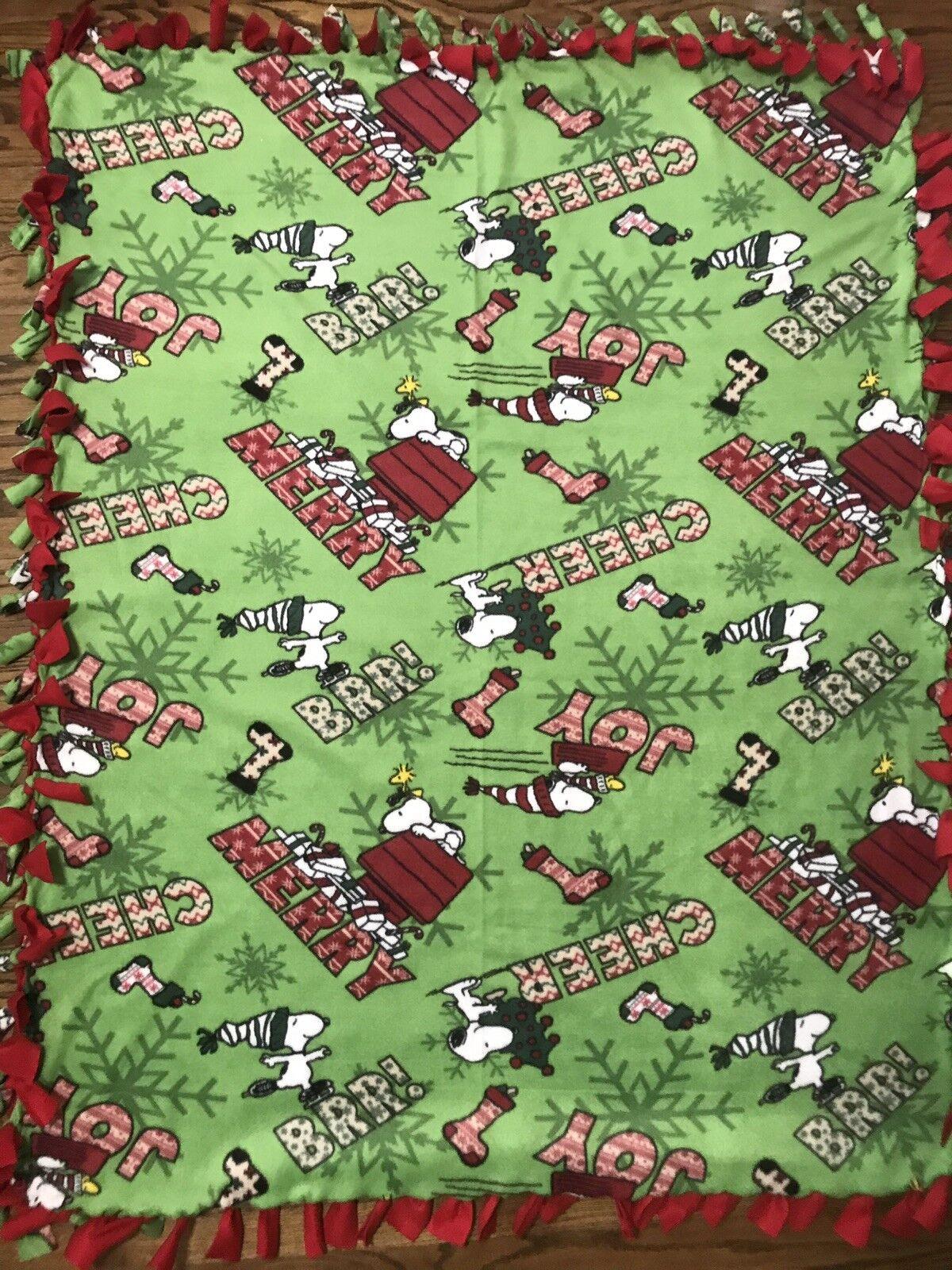 Christmas Peanuts Snoopy Fleece Tie Blanket