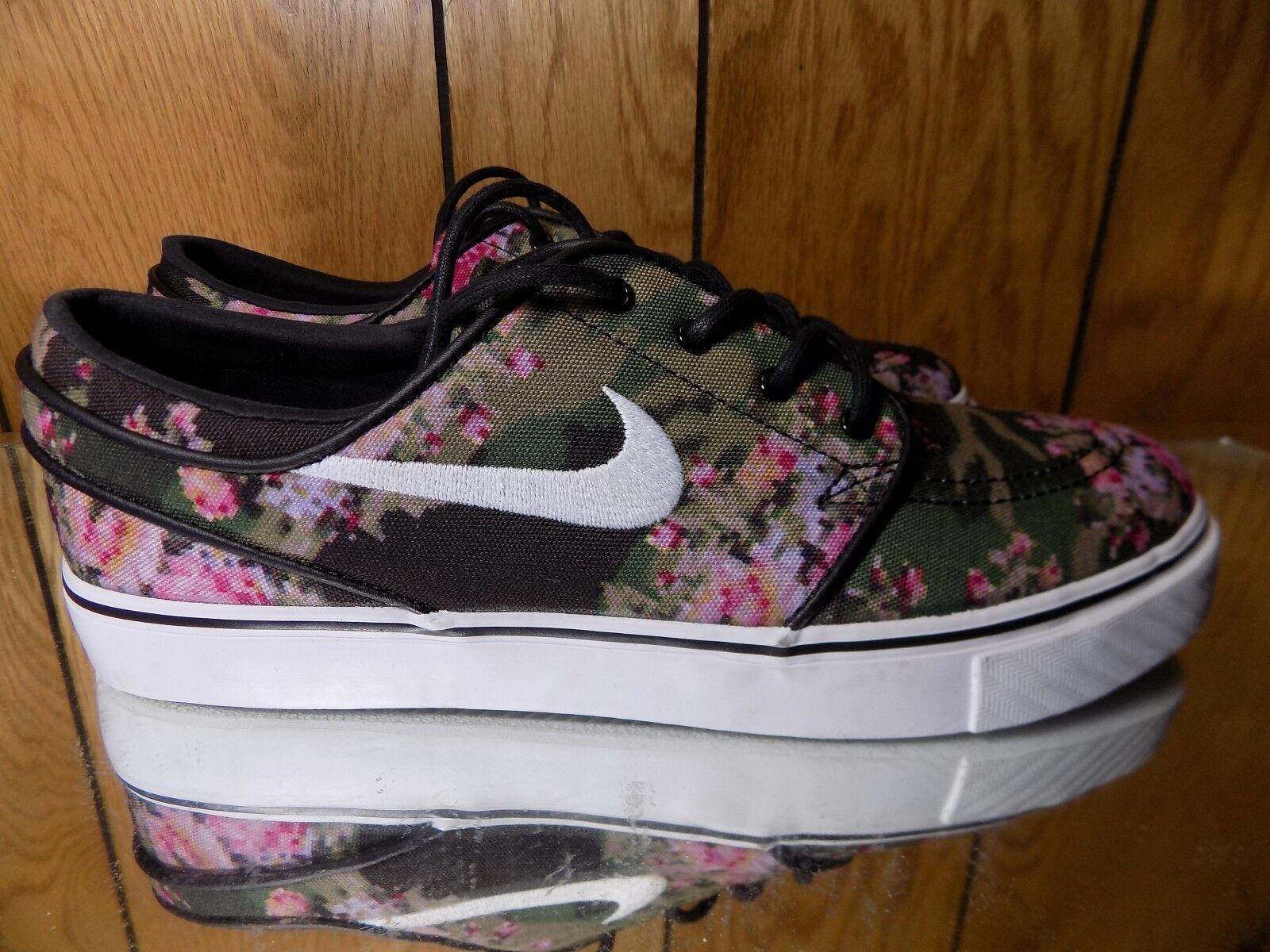 Nike SB Zoom Janoski Premium Floral Digi Camo 482972-900 Size 7