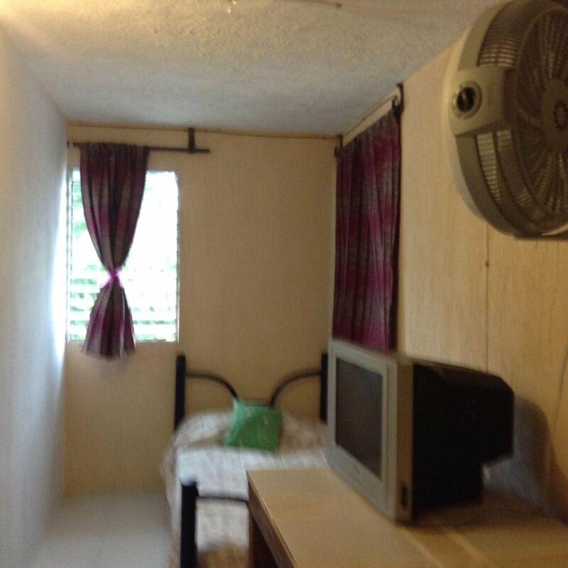 cuarto amueblado aire acondicionado,wifi todos servicios 1400semanapor