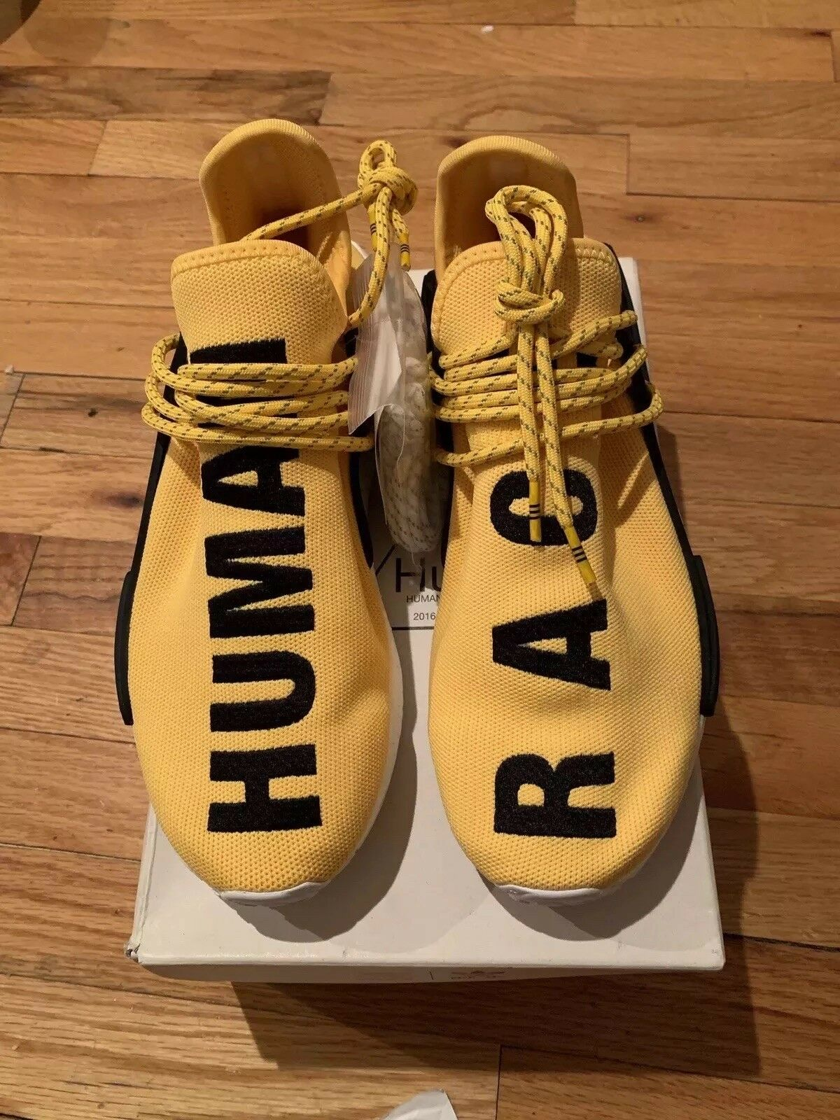 ADIDAS X PHARRELL WILLIAMS HUMAN RACE YELLOW BB0619 SIZE 9 DEADSTOCK