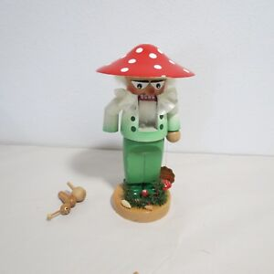 STEINBACH-WOODEN-NUTCRACKER-S-1317-CHUBBY-MUSHROOM-MADE-IN-GERMANY-NEW-AS-IS