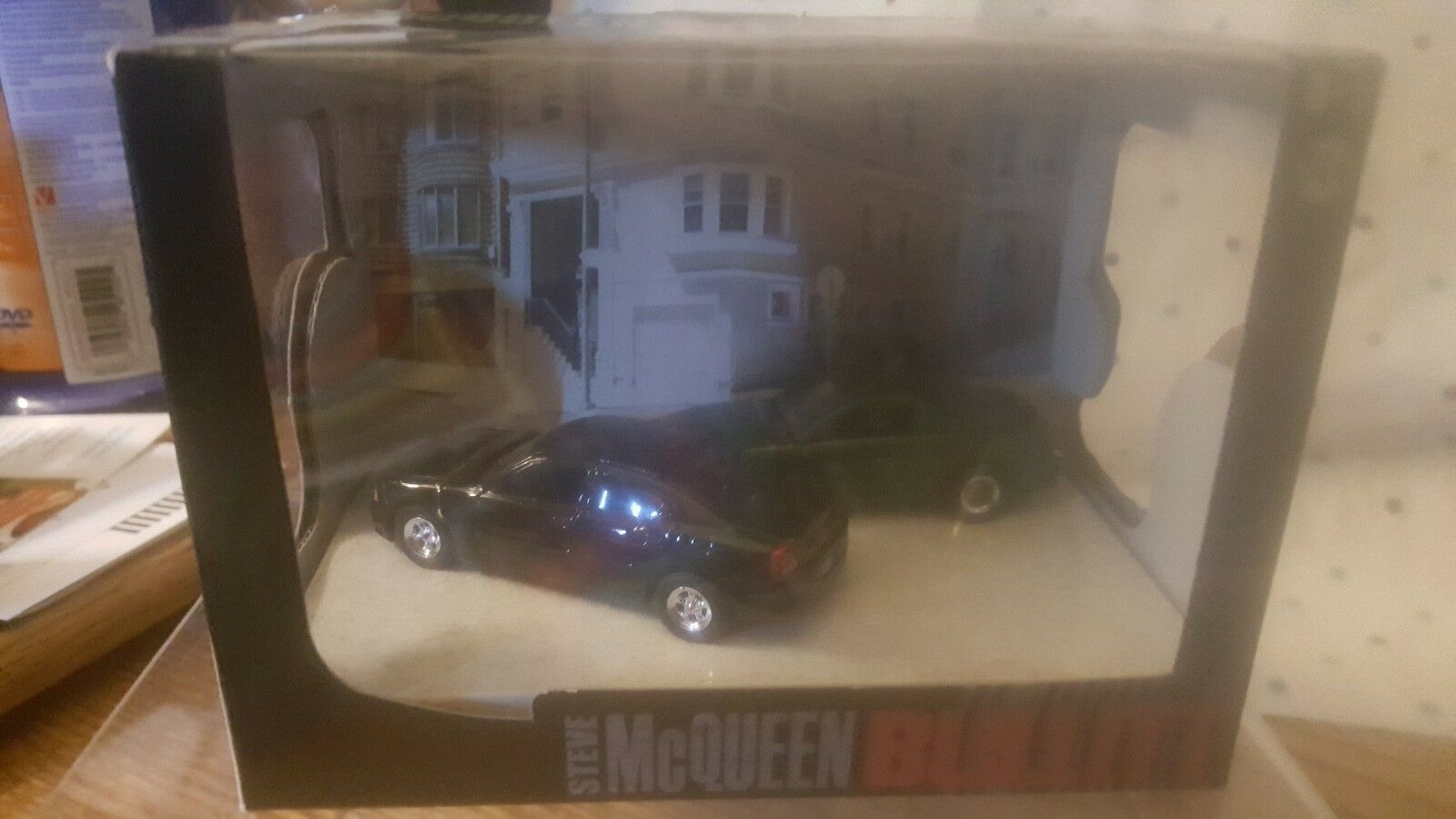 verdelight Dioramas Series 5  Limited Edition Steve McQueen Bullitt 1 64 Scale