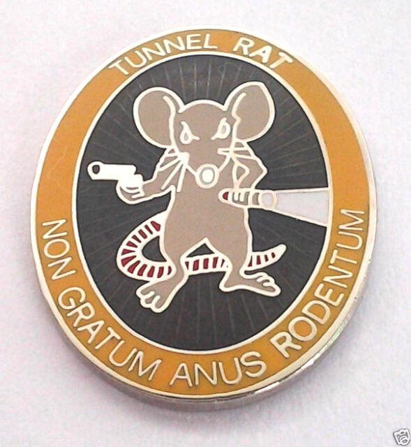 TUNNEL RAT    Military Veteran VIETNAM Hat Pin 15075 HO