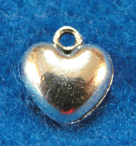 20Pcs Tibetan Silver Small HEART Charms Earring Drops Jewelry Findings H035A