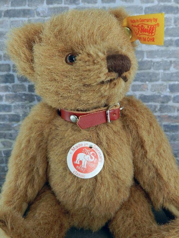 Steiff Classic Russet Teddy Bear #027710 in Alpaca