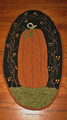 "PRIMITIVE PUNCH NEEDLE PATTERN ~  /""COTTONTAIL CARROT CO/"""