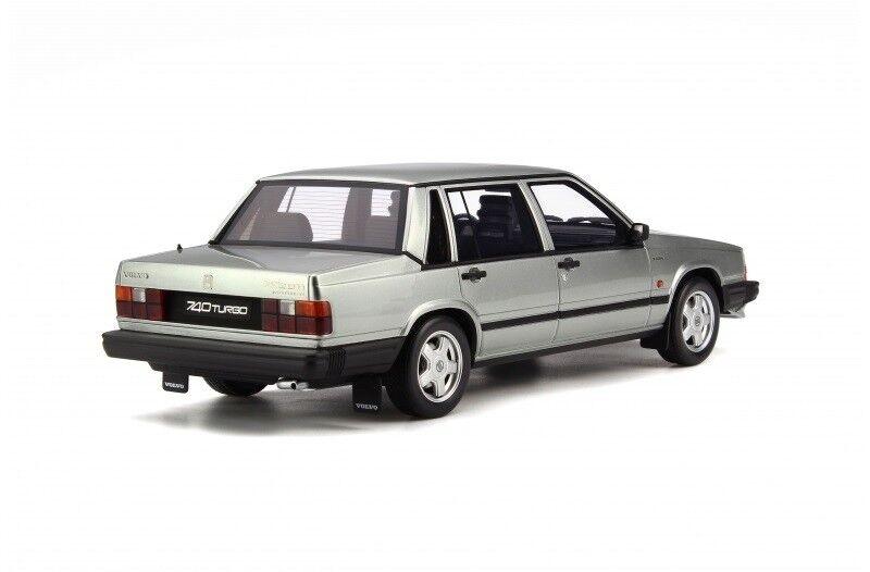 Modelbil, 1987 Volvo 740 Turbo, skala 1:18