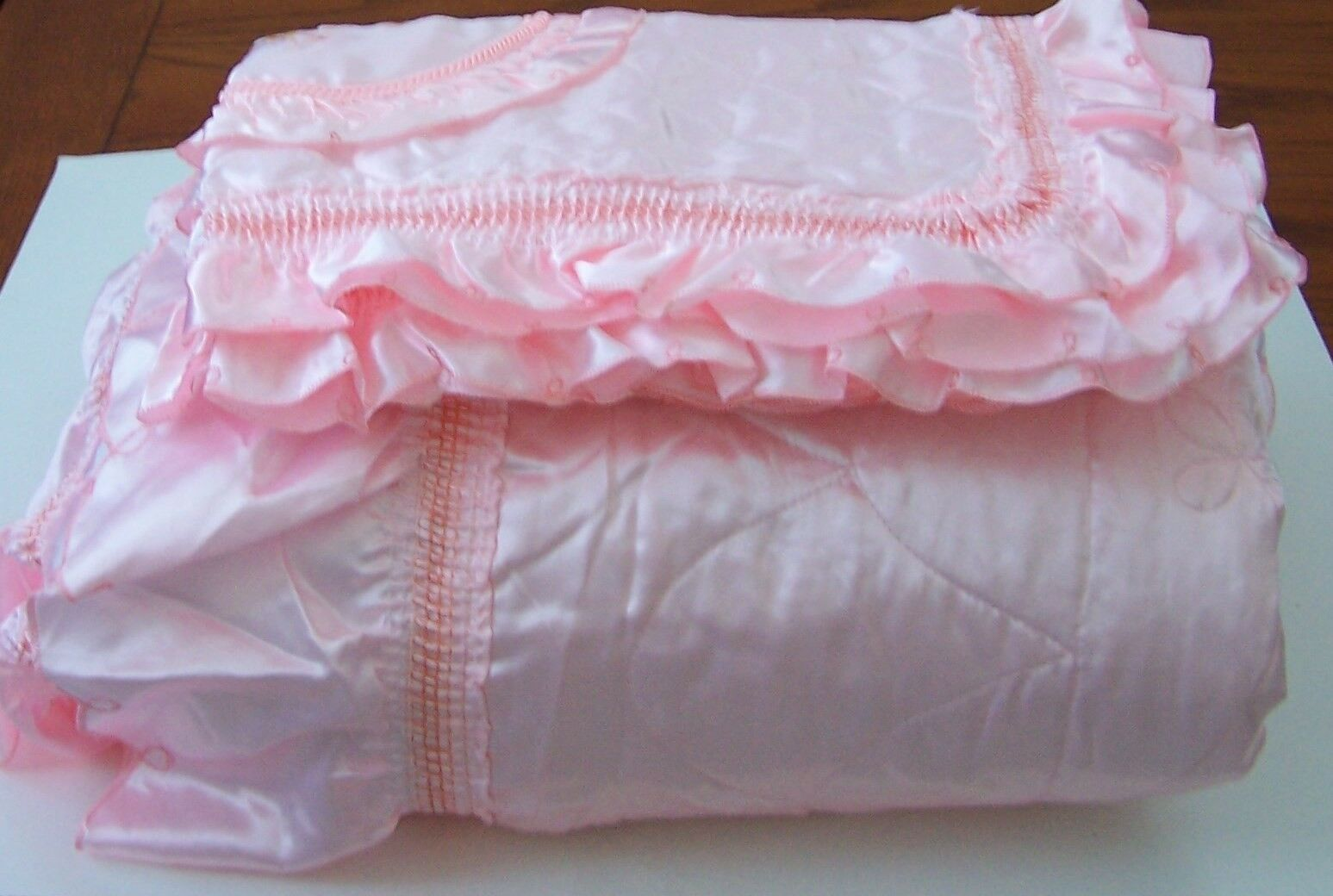 Beautiful Gorgeous 3 pieces Pink Silk and Satins Queen Size Bed Sheets