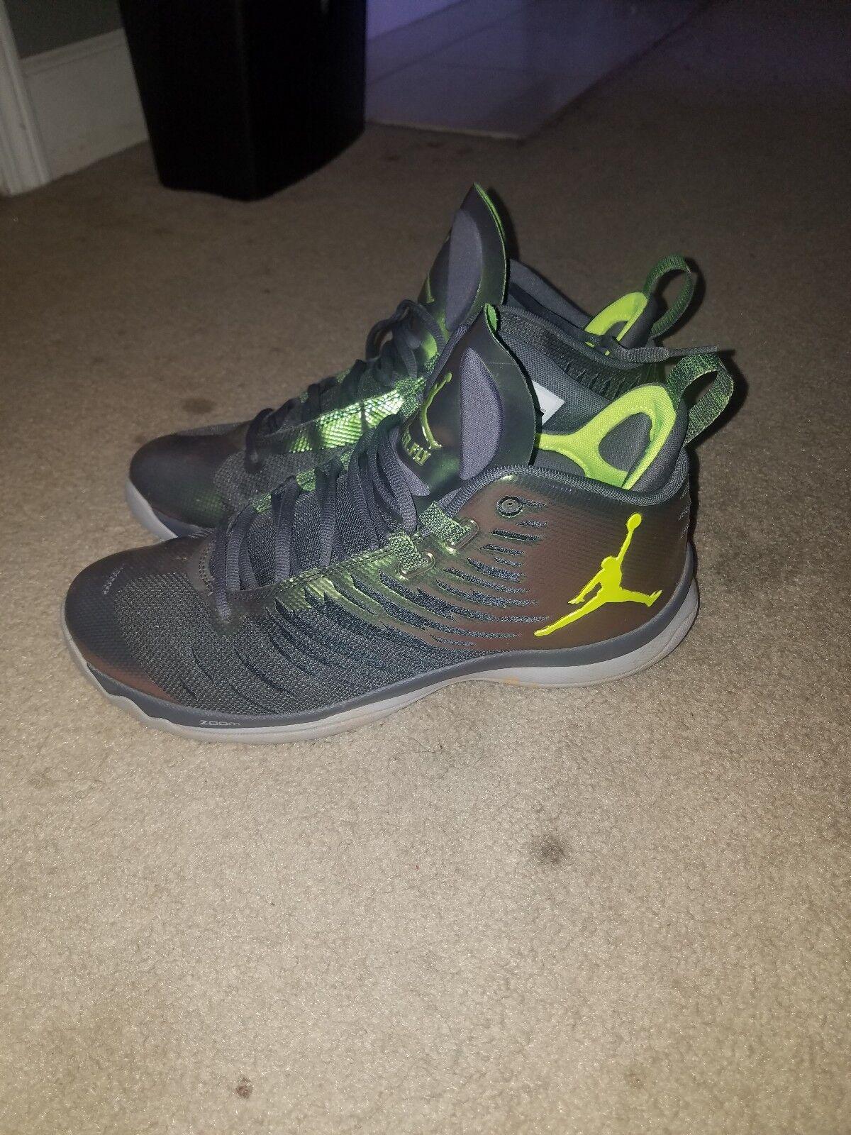 Jordans Size 10.5 Green Metallic Superfly shoes