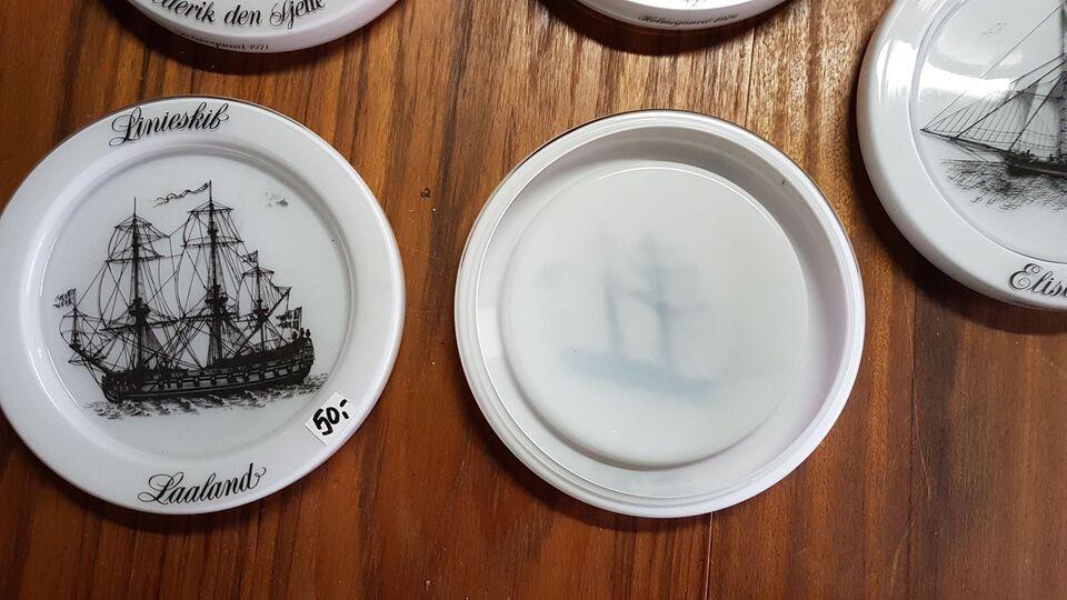 Glas, Platter, Holmegaard