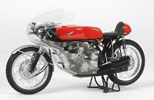 Tamiya 14127 1/12 Model Kit Honda RC166 Full View Moto GP Hailwood Mike The Bike