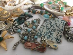 Lot-of-Vintage-to-now-Themed-Beach-Ocean-Jewelry-Wear-Repair-Resell-lot-4