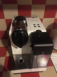 Dettagli Su Macchina Del Caffe De Longhi Nespresso Cialde Cappucciniera Usata