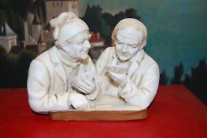 Bibelot-Sculpture-en-biscuit-porcelaine-Joueurs-de-cartes-Jeu