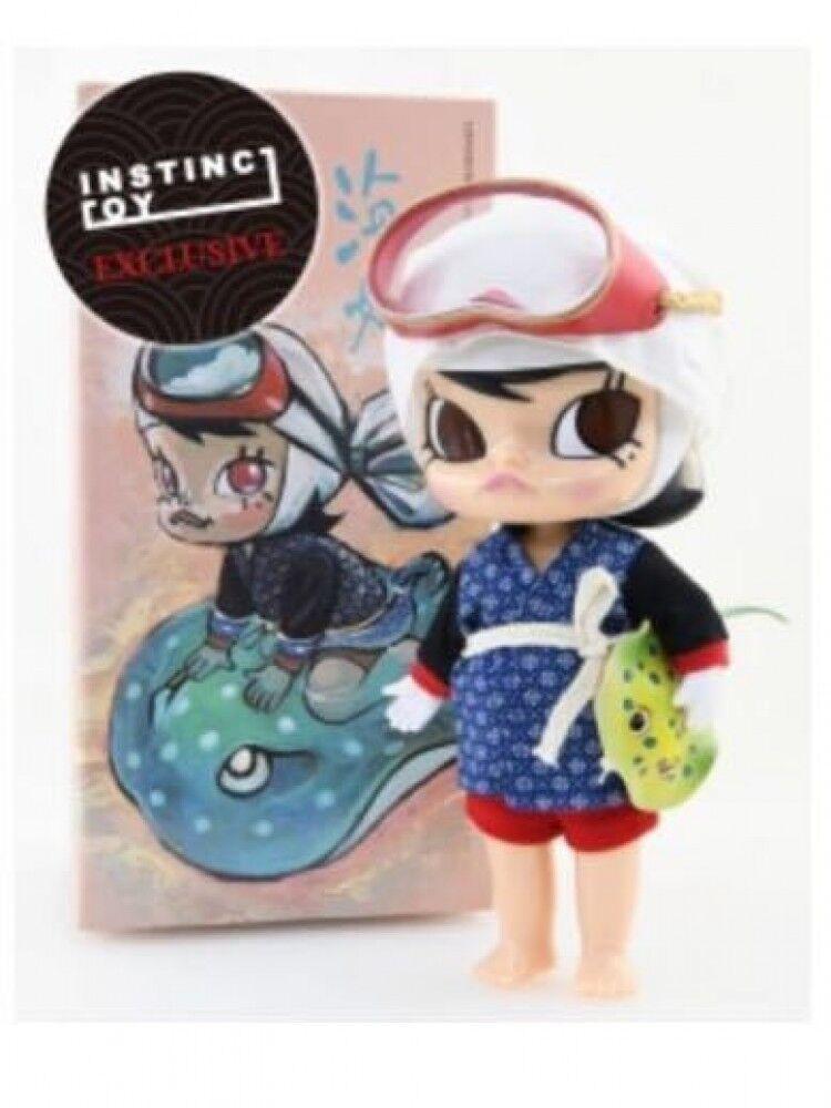 Instinctoy Labubu Molly Woman Diver Figure rosso color Tokyo Comicon Limited Rare
