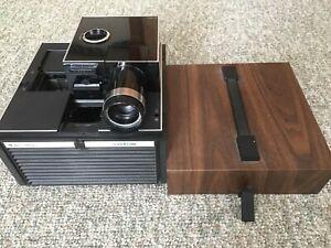 Vintage-Antique-Bell-amp-Howell-35mm-slide-projector-CUBE-Model-AF70-Good-shape