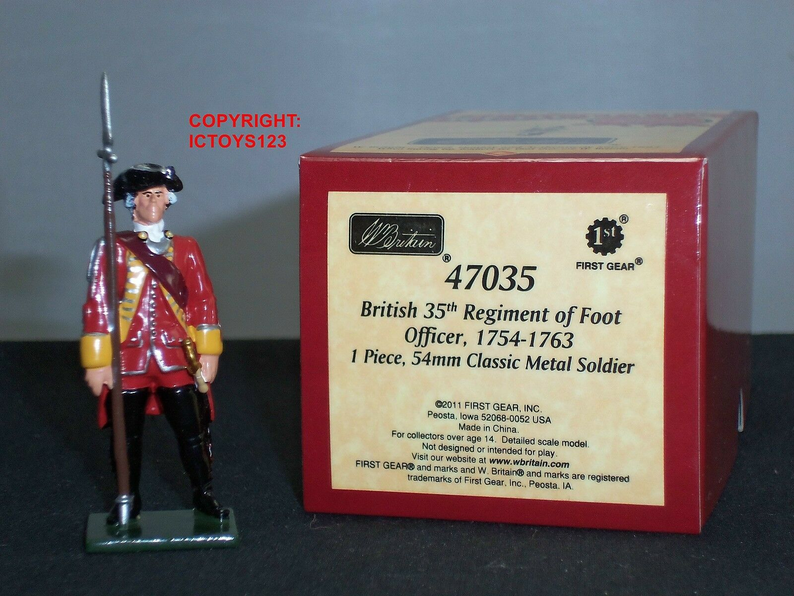 BRITAINS 47035 REDCOATS BRITISH 35TH REGIMENT OF FOOT OFFICER METAL TOY SOLDIER