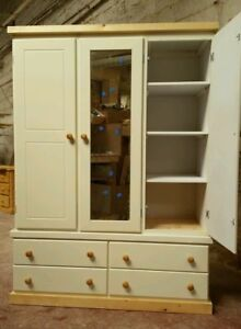 HANDMADE-AVON-FURNITURE-CREAM-TRIPLE-4-DRAWER-WARDROBE-FANTASTIC-VALUE