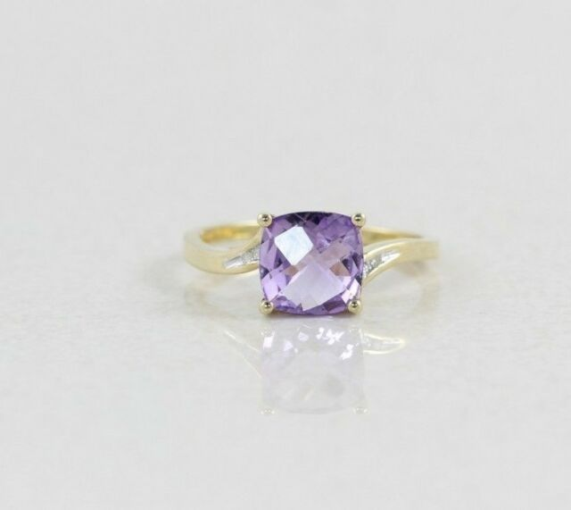 10k Yellow Gold Natural Purple Amethyst and Diamond Ring Size 7