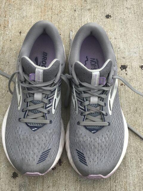 Brooks Adrenaline GTS 19 Womens 8.5 B Running Shoes
