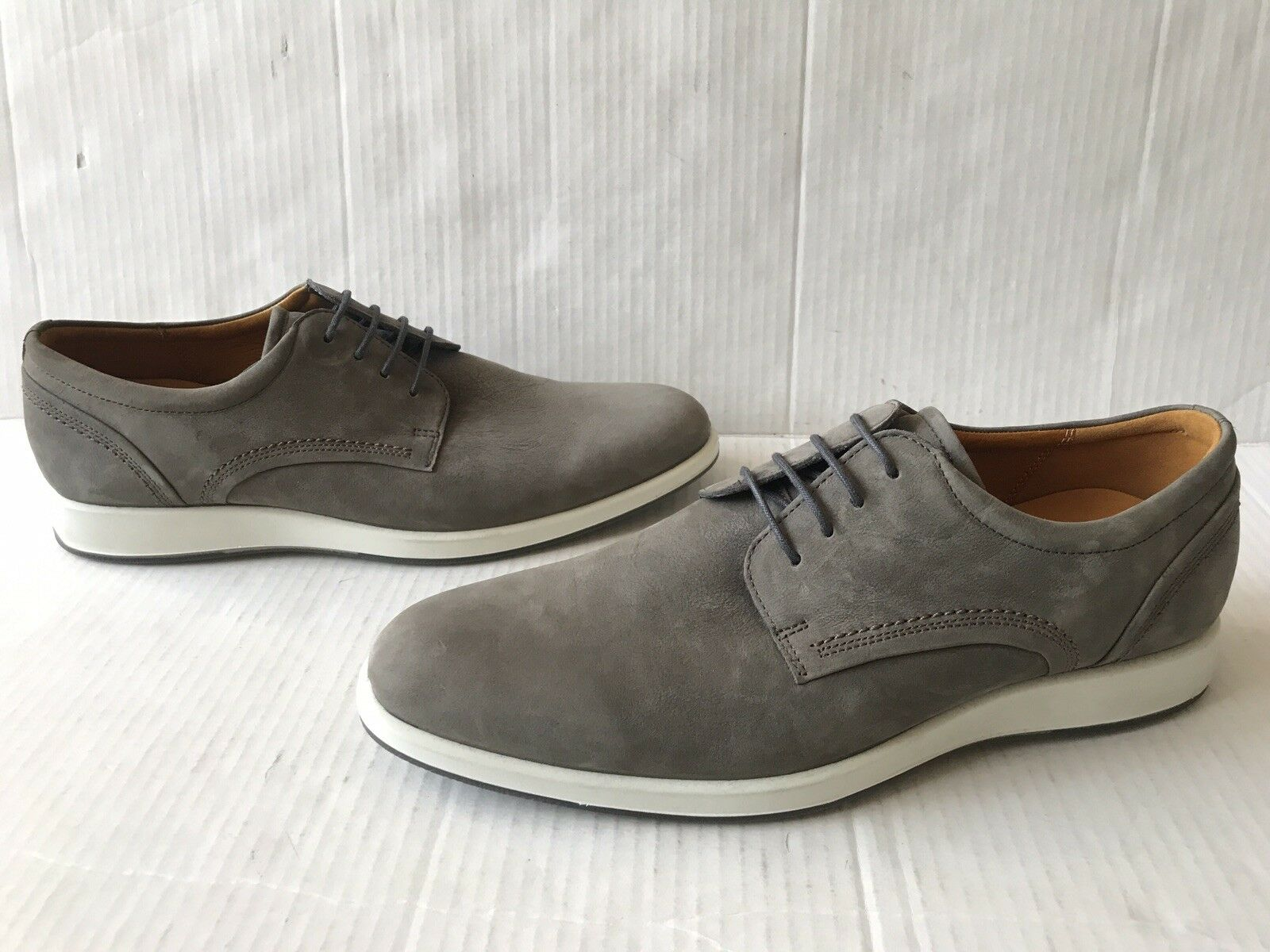 ECCO 'Jared' Leather Oxford. Size 9-9.5