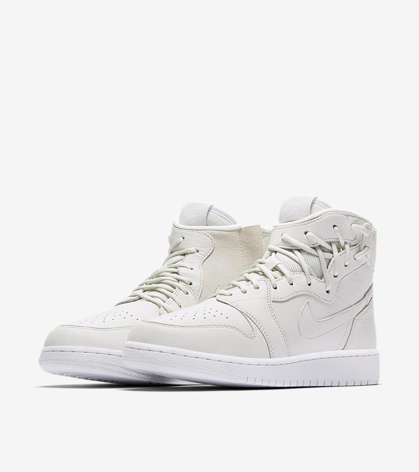 WMNS Nike Air Jordan 1 Retro High Rebel XX SZ 10.5 Off blanc AJ1 AO1530-100