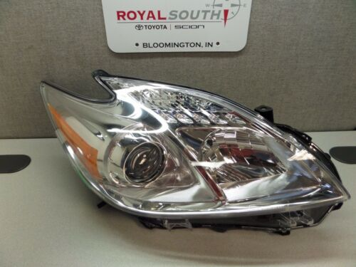 Toyota Prius Right Front Headlight Genuine OEM OE